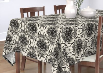 Tablecloth with dream branches print design in pristine and black color play