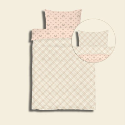 Junior bedding with checkered butterfly print and checks on the bias in a rose pristine color version.