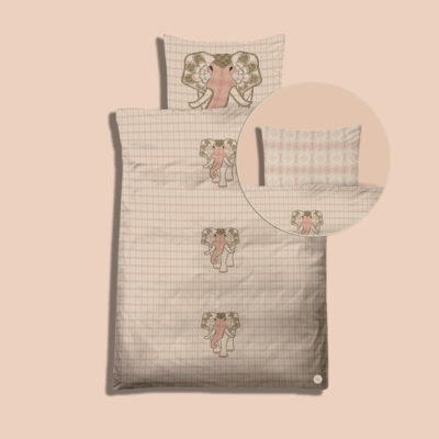 Elephant Orbit, blush. Bedding kit for baby´s. Pillow and duvet cover for diy creatives to simply cut & sew. Zippers, labels and sewing instructions included.